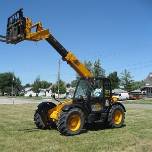 Telescoping Boom Handling Fork-Lift